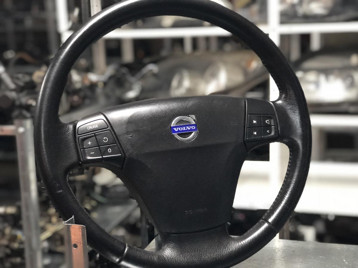 Мултифункционален волан за волво С40 2007г. с айрбег Volvo S40 /