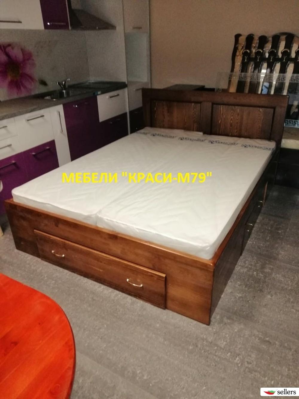 Спалня с три чекмеджета-МАСИВ в цвят